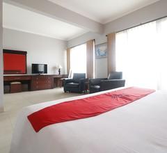 RedDoorz Premium @ Bukit Damai Indah 2