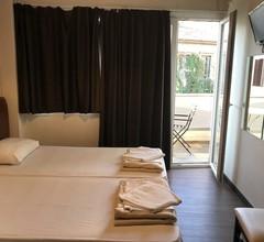Pella Inn Hostel 2