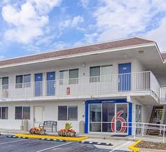 Motel 6 Rock Springs 1