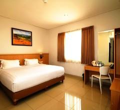 Hotel Dafam Rio 2