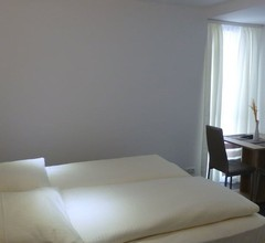 HR Hotel 2