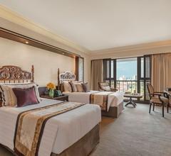 The Manila Hotel 1