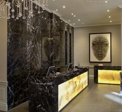 Radisson Blu Edwardian Grafton Hotel 1