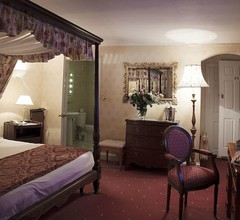 The Revere Hotel 2
