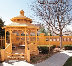 La Quinta Inn & Suites by Wyndham Denver Southwest Lakewood 2