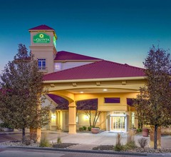 La Quinta Inn & Suites by Wyndham Denver Southwest Lakewood 1