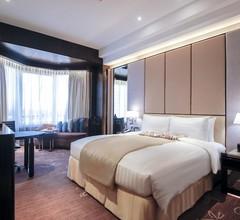 Diamond Hotel Philippines 2