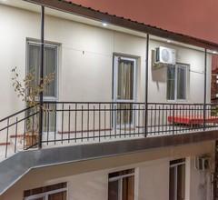 ArtEast Hostel 2