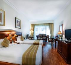 Grand Excelsior Hotel Bur Dubai 2