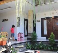 Suwardika Homestay and Dormitory - Hostel 2