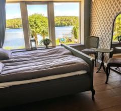 Ellas Bed & Breakfast 1