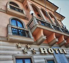 Hotel Villa Savoia 1