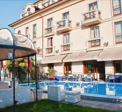 Hotel Villa Savoia 2