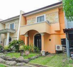 OYO 377 Istana Permata Juanda 1