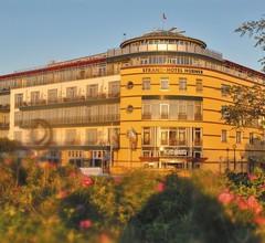 Strand-Hotel Hübner 2