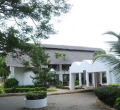 Jacaranda Indian Ocean Beach Resort 2