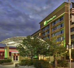 Holiday Inn Denver Lakewood 1