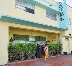 South Beach Rooms and Hostel 1