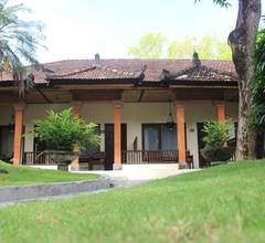 Diwangkara Beach Hotel & Resort 1