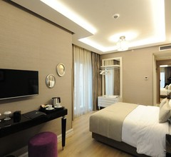 Le Petit Palace Hotel - Special Category 1