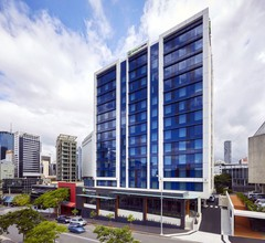 Holiday Inn Express Brisbane Central 2