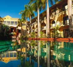 Palm Royale Cairns 2