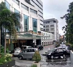 él Hotel Royale Bandung 2