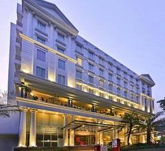 Grand Savero Hotel 1