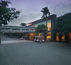 FM7 Resort Hotel 1