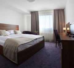 Hotel Saffron 2
