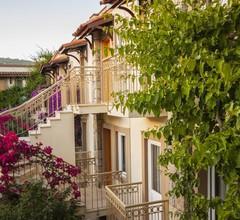 Moonshine Hotel & Suites 2