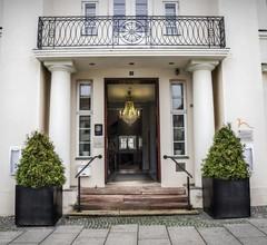 Hotel Prinzenpalais Bad Doberan 1