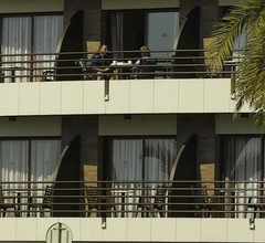 Almirall Apartaments 2