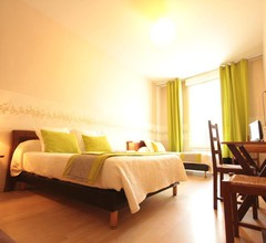 Hotel Des Arts 1