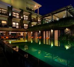 The Kirana Canggu Hotel 1