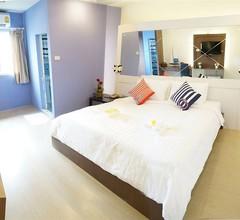 Bed by Cruise at Samakkhi-Tivanont 2