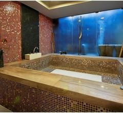 Hotel Aura 2