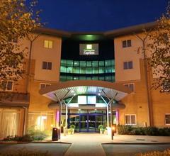 Holiday Inn Express Southampton M27 Jct7 1