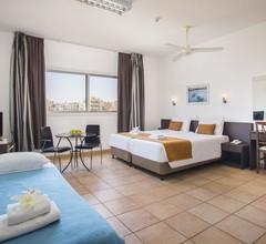 Costantiana Beach Hotel Apartments 2