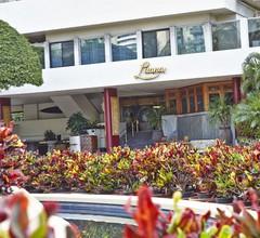 Luana Waikiki Hotel & Suites 2