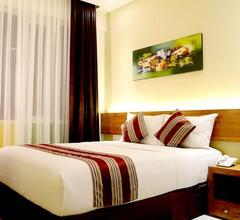 Biz Boulevard Hotel 2