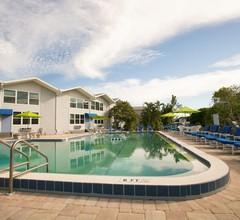 Dolphin Inn Resort 2