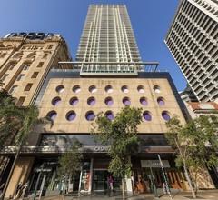 Oaks Brisbane Casino Tower Suites 2