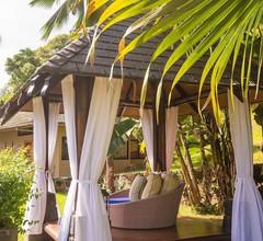 Coco de Mer Hotel and Black Parrot Suites 2