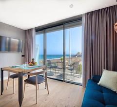 La Marine Luxury Apartments 1