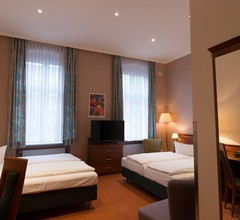 Rewari Hotel Berlin 2