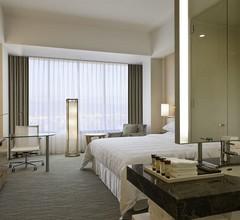 Sheraton Grand Hiroshima Hotel 1