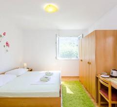 Apartment & Rooms Maždin 1