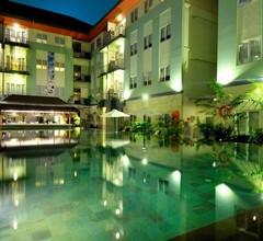 HARRIS Hotel & Residences Riverview Kuta 2