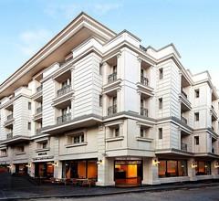 Recital Hotel 2